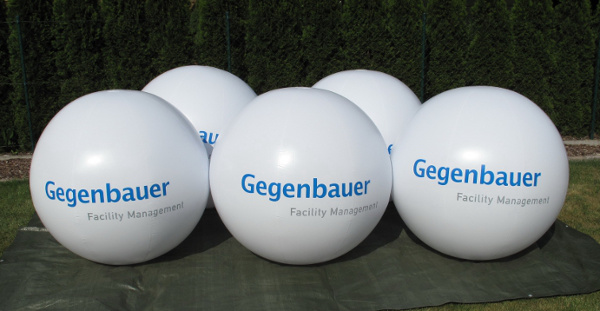 Crowdballs - inflatable advertising media - eventballoons